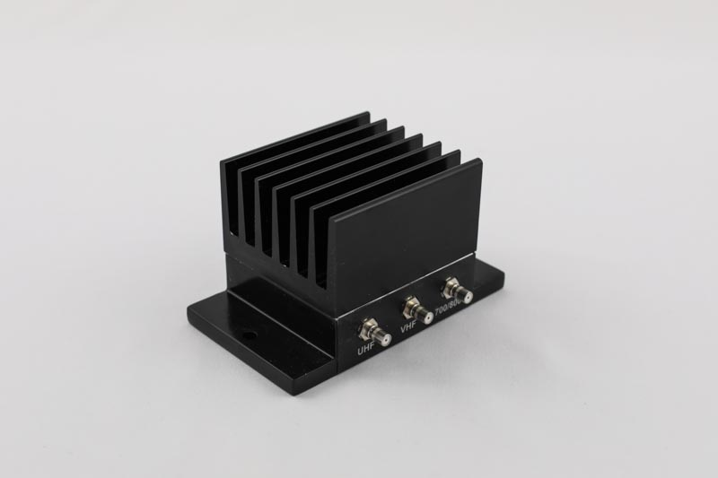 Cross band triplexer for public safety | Filtronic PLC